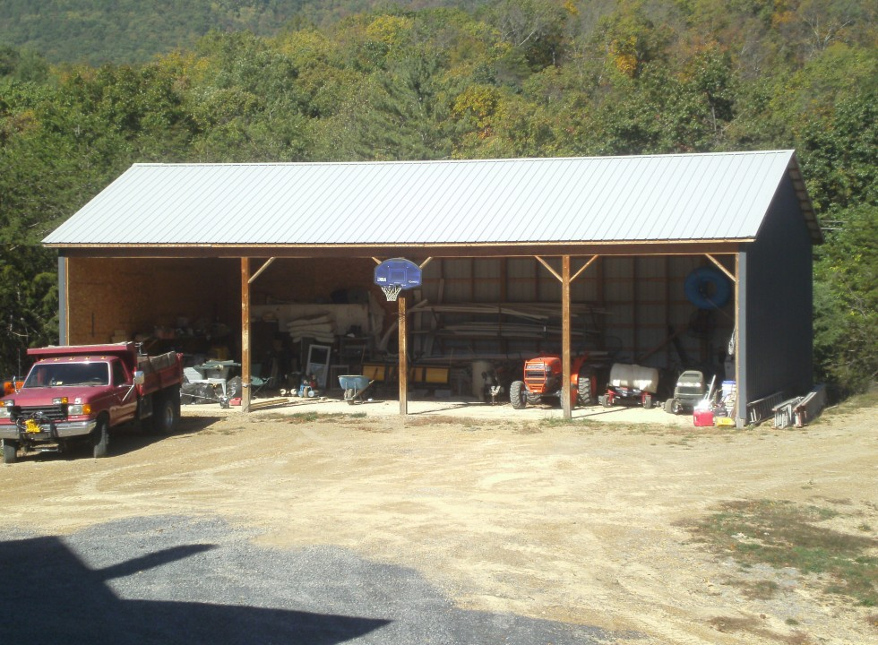Custom Pole Barn built by Valley Builders LLC